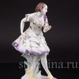 Статуэтка из фарфора Танцующая девушка, Volkstedt, Германия, до 1935 г.